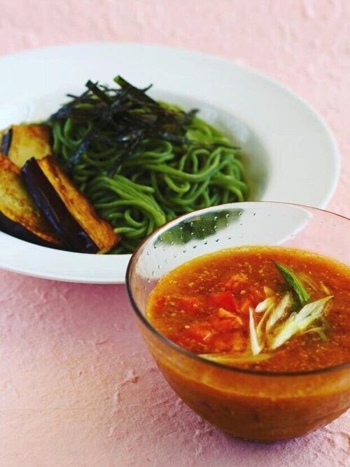 Kale Tomato-Miso Tsukemen