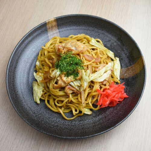 Premium Original Yakisoba topping with red ginger and aonori